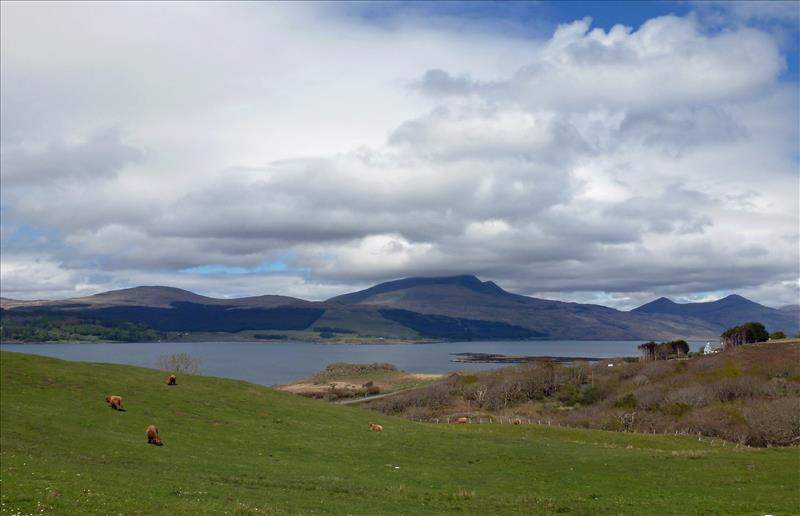 From south west with Ben More in the background Courtesy of Dr Sue Reed
