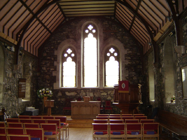 salen-church-interior
